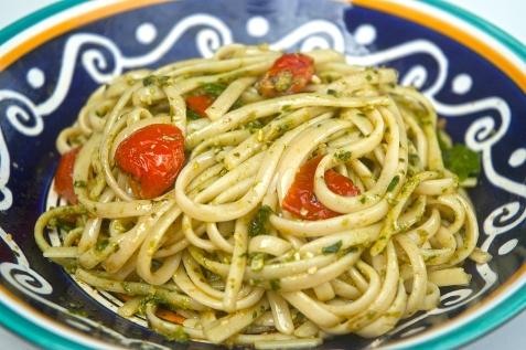 Tomato, rocket, and pesto linguine