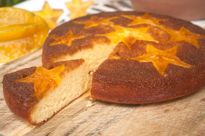 Star fruit upside down cake